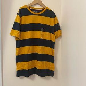 BNWT Tommy Hilfiger Men's stripe Shirt. Size:M
